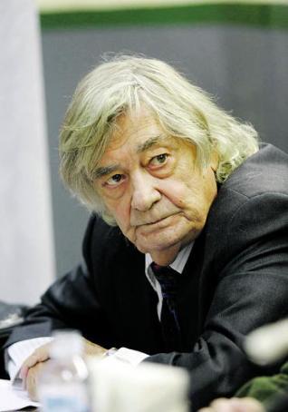 Carlos París